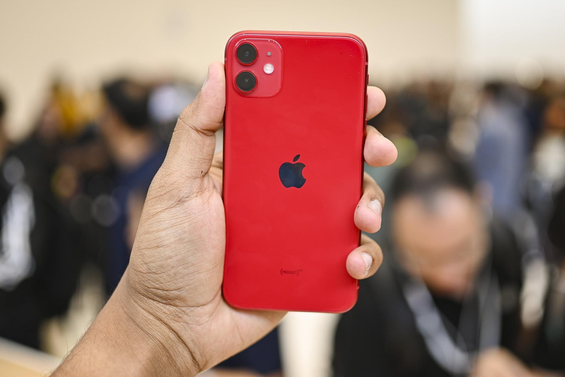 айфон 11 64 красный
