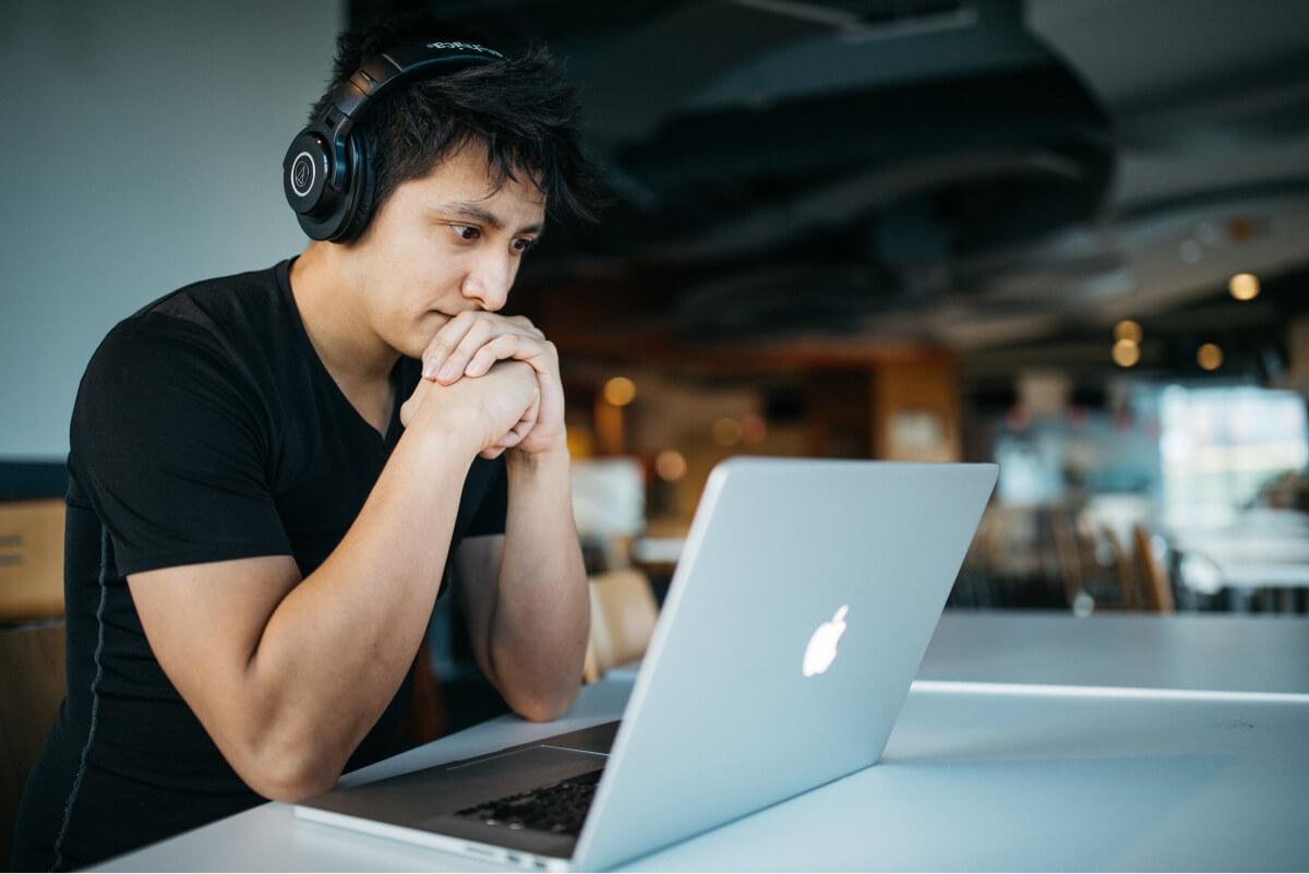 Какой ноутбук выбрать для учебы?